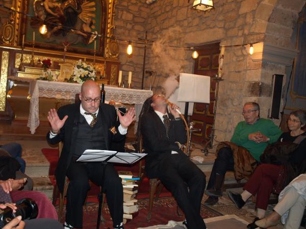 09.04.2014 una performance poètica de la companyia Kiku Mistu va posr fi a la Fira  Florejacs -  Jaume Moya