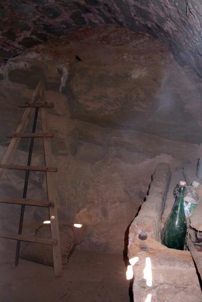 20.04.2014 Interior d'una cabana de volta  L'Aguda -  Ramon Sunyer