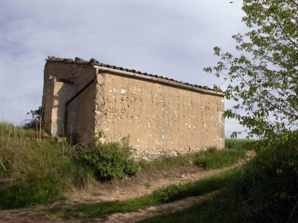 04.05.2014 cabana de teula amb cisterna  Torà -  Ramon Sunyer
