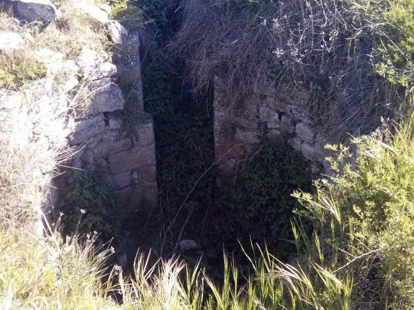 05.05.2014 Restes del castell d'Argençola  Argençola -  Ramon Sunyer
