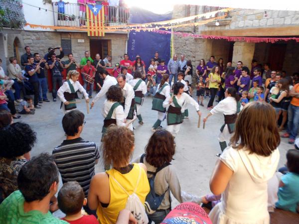 10.05.2014 actuació dels bastoners de Sedó  Palou -  Ajuntament TiF