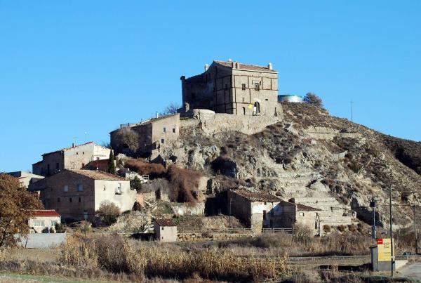 29.12.2013 Castell d'enfesta, en procés de restauració  Enfesta -  Ramon Sunyer