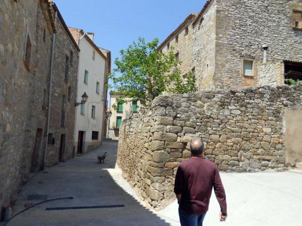 19.05.2014 arranjament de carrers a Bellveí  Bellveí -  Ajuntament TiF