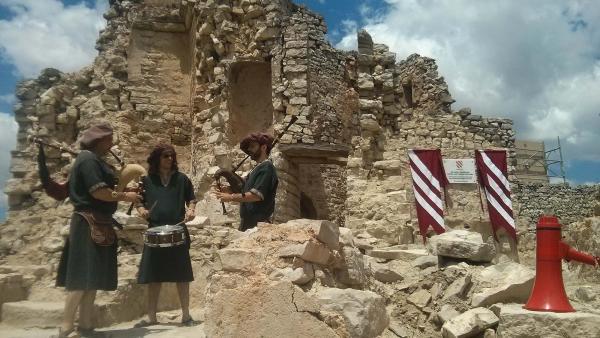 15.06.2014 El grup Caladrius va amenitzar l'acte  Alta-riba -  Ramon Sunyer