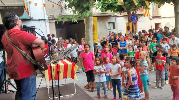 23.06.2014 Revetlla a  Capdevila  Guissona -  Premsa Guissona