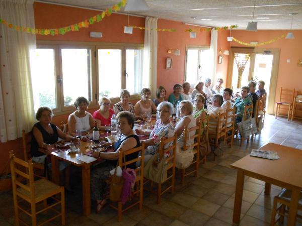 27.07.2014 Retrobament ex alumnes escola  Florejacs -  Ajuntament TiF
