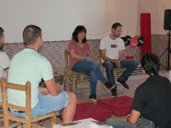 13.07.2014 taula rodona amb Judith Colell directora de cinema  Montornès de Segarra -  Lo Cercacurts
