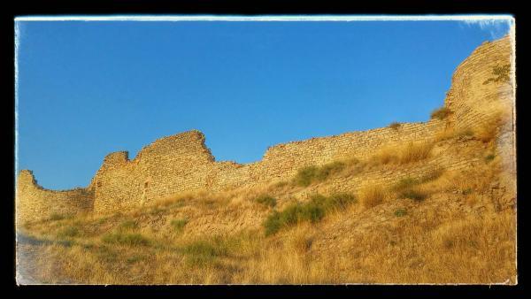 19.08.2014 Restes de les muralles  Cervera -  Ramon Sunyer