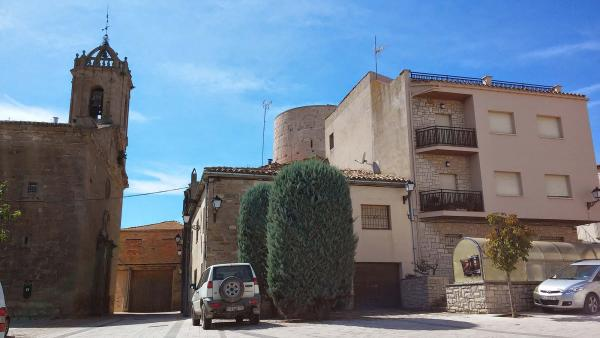 21.09.2014 Església Sant Cugat barroc (XVII) i Torre del Moro romànic (XI)  Ivorra -  Ramon Sunyer