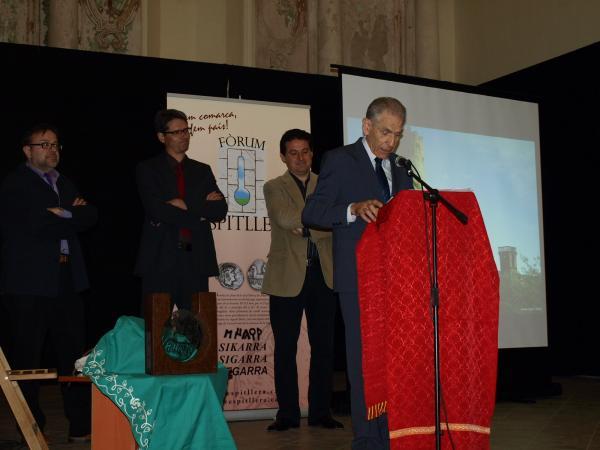 lliurament del Premi Sikarra 2012 a l'activista cultural Armand Forcat - Torà