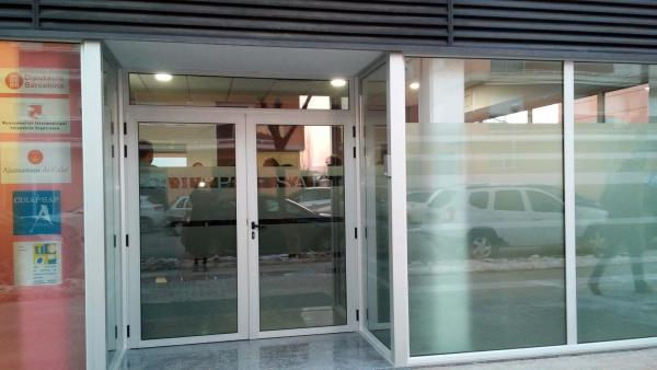 El CDIAP està ubicat als baixos dels pisos Visoren del carrer de Francesc Macià - Calaf