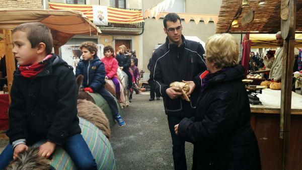 15.02.2015 Passejos en ruquet pels més petits  Montmaneu -  Ramon Sunyer