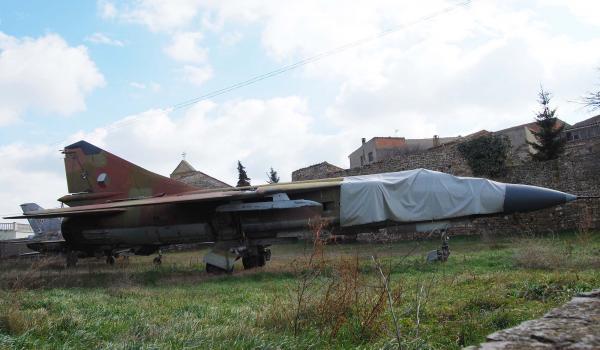 21.02.2015 Curiositats, avions Mig soviètics  Sant Pere dels Arquells -  Ramon Sunyer