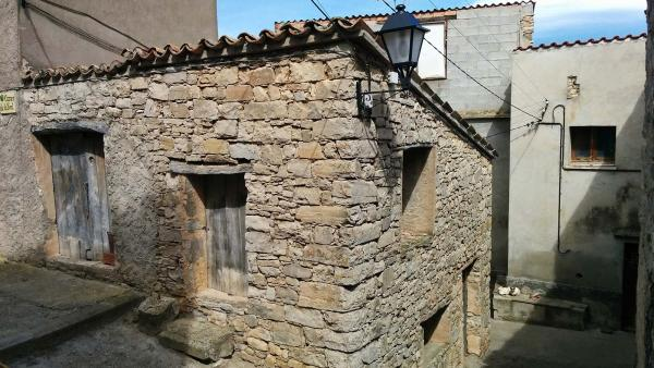 29.03.2015 carrer  Castellnou d'Oluges -  Ramon Sunyer
