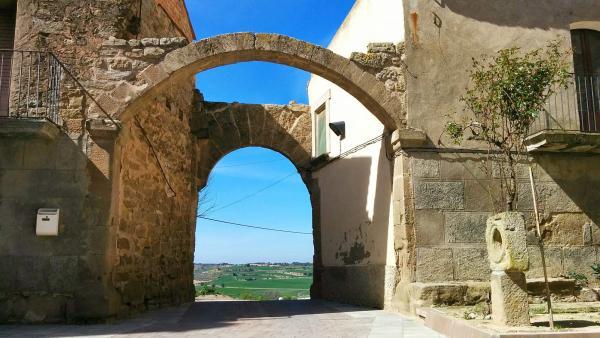 02.04.2015 Portal d'entrada  La Morana -  Ramon Sunyer
