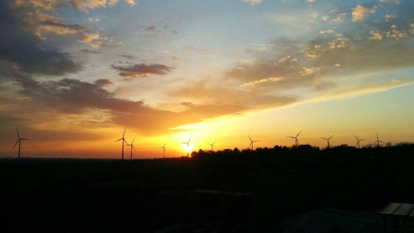 10.04.2015 posta de sol  Segur -  Ramon Sunyer