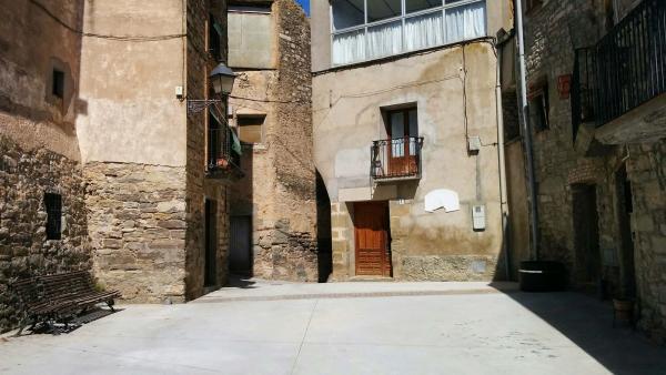 02.04.2015 plaça  Bellveí -  Ramon Sunyer