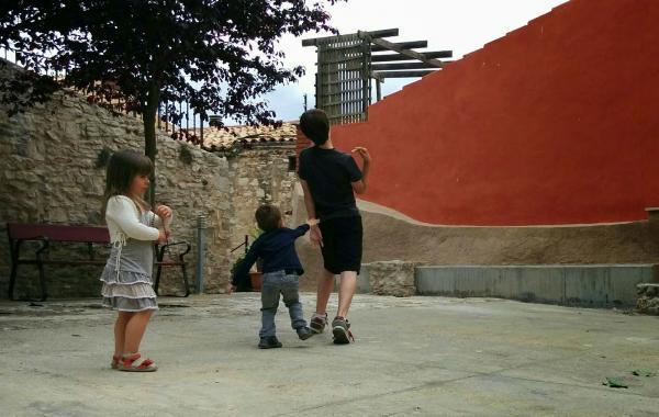 24.05.2015 els petits també disfruten la festa  Ferran -  Ramon Sunyer