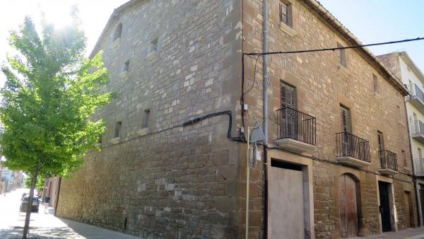 Edificio  Cal Carulla - Autor Turisme Guissona (2015)