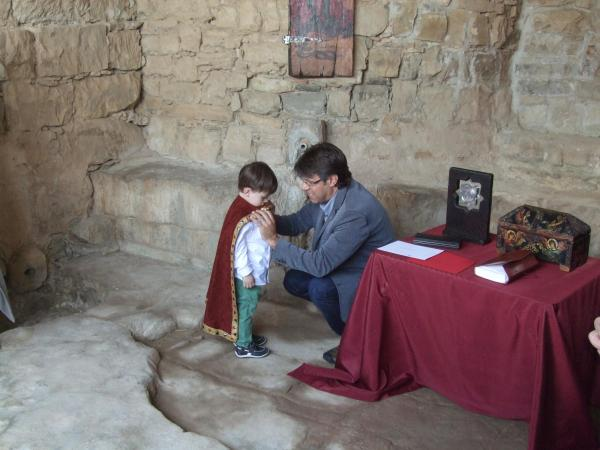14.06.2015 Nomenament i impossició de la capa de petit Cavaller del castell Sant Miquel d'Alta-riba.  Alta-riba -  AACSMA