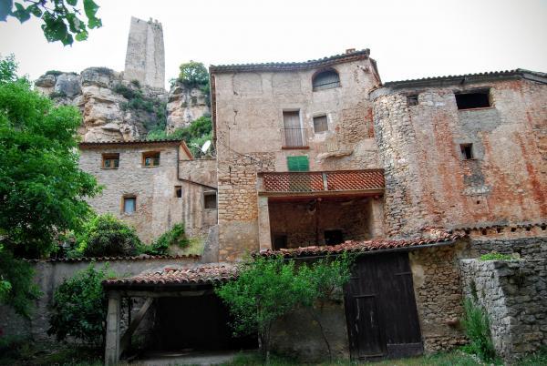14.06.2015 Cases a la part baixa  Santa Perpètua de Gaià -  Ramon Sunyer