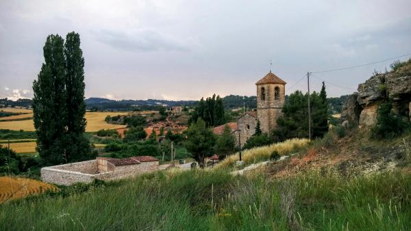 14.06.2015 El cementiri i l'església  Biure de Gaià -  Ramon Sunyer
