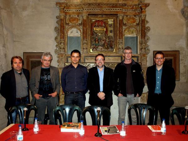 En Toni dins la mesa rodona sobre el paisatge de la Segarra (maig de 2012) - Cervera