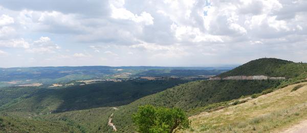 31.05.2015 Mirant al sud  Pinós -  Ramon Sunyer