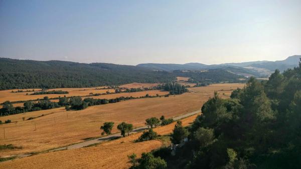 24.06.2015 paisatge de la vall  Valldeperes -  Ramon Sunyer