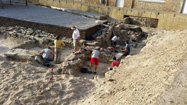 curs d'arqueologia Ciutat romana de Iesso - Guissona
