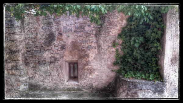 Vila vella  Carrers - Autor Ramon Sunyer (2014)