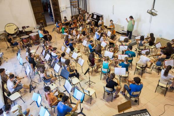 22.07.2015 Assaig de l'Orquestra Juvenil de Curs de Música dirigida per Manel Valdivieso  Cervera -  Jordi Prat