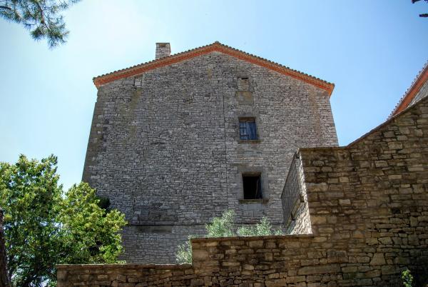 Castillo de Estaràs - Autor Ramon Sunyer (2015)