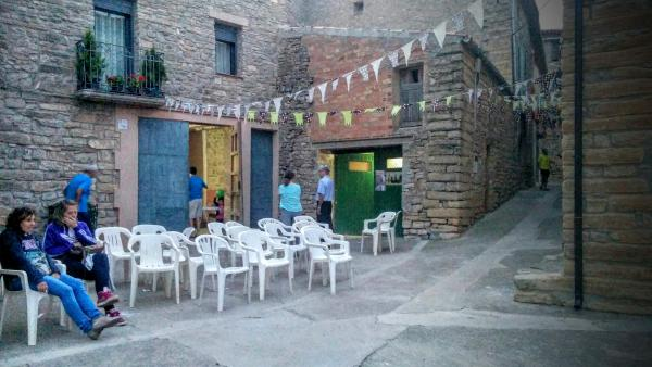 22.08.2015 ambient de carrer  Llindars -  Ramon Sunyer