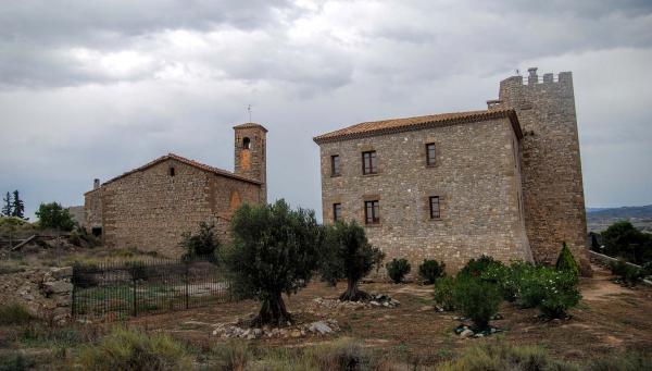 12.09.2015 església i castell  La Curullada -  Ramon Sunyer