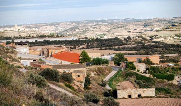 13.09.2015 El poble  La Curullada -  Ramon Sunyer