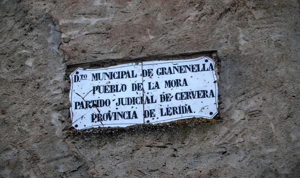 12.09.2015 Forma part del municipi de Granyanella  La Móra -  Ramon Sunyer