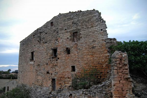 12.09.2015 Restes del castell  La Móra -  Ramon Sunyer