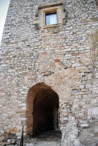 12.09.2015 portal del castell  Fonolleres -  Ramon Sunyer