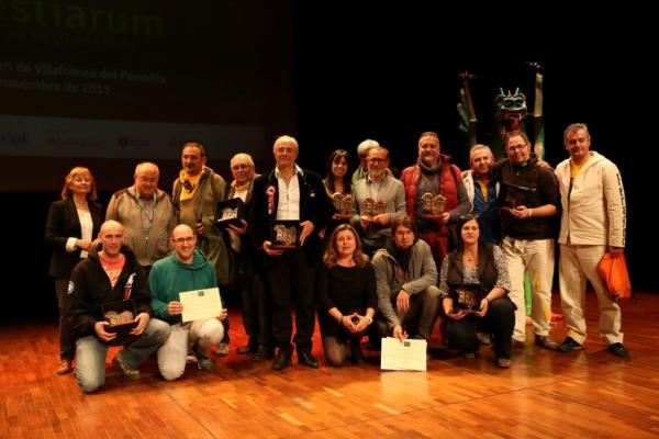 L'Agrupació Seny Major de Cervera, premiada al Festivitas Bestiarum 2015 II Nit del Bestiari Festiu -