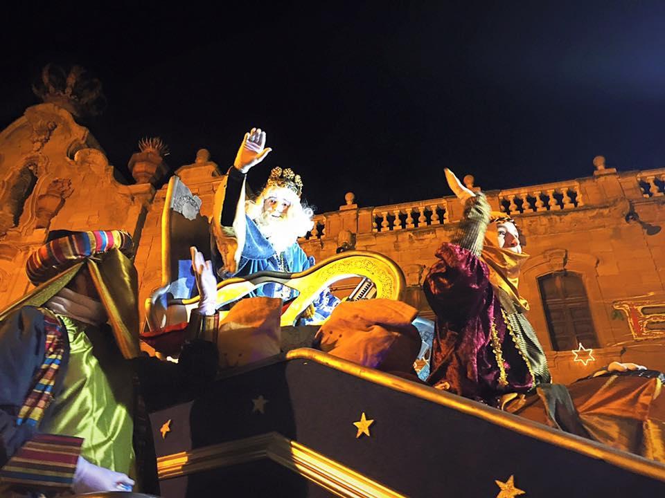 05.01.2016 cavalcada de reis  Cervera -  Maria Lluïsa Guim