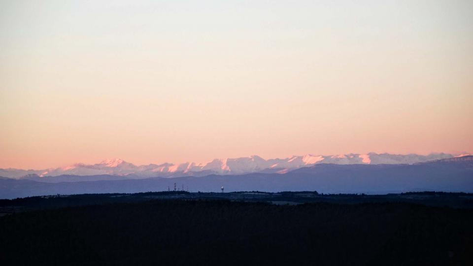 16.01.2016 Els Pirineus des del castell de Queralt  Bellprat -  Ramon Sunyer