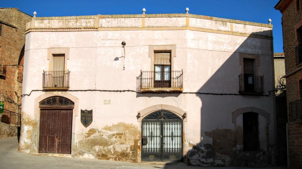 24.01.2016 detall façana  Les Pallargues -  Ramon Sunyer