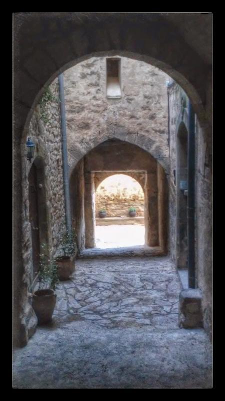 13.09.2014 portals vila-closa  Sant Martí de la Morana -  Ramon Sunyer