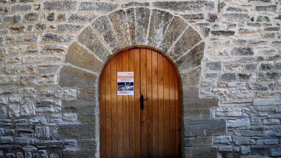 13.09.2015 Porta església de sant Jaume  Pallerols -  Ramon Sunyer