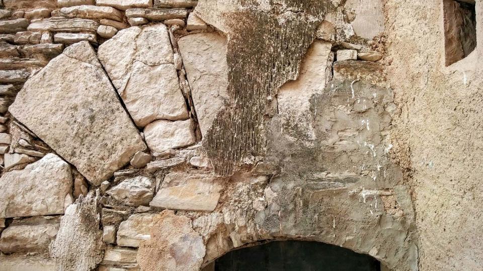 13.09.2015 detall porta  Pomar -  Ramon Sunyer