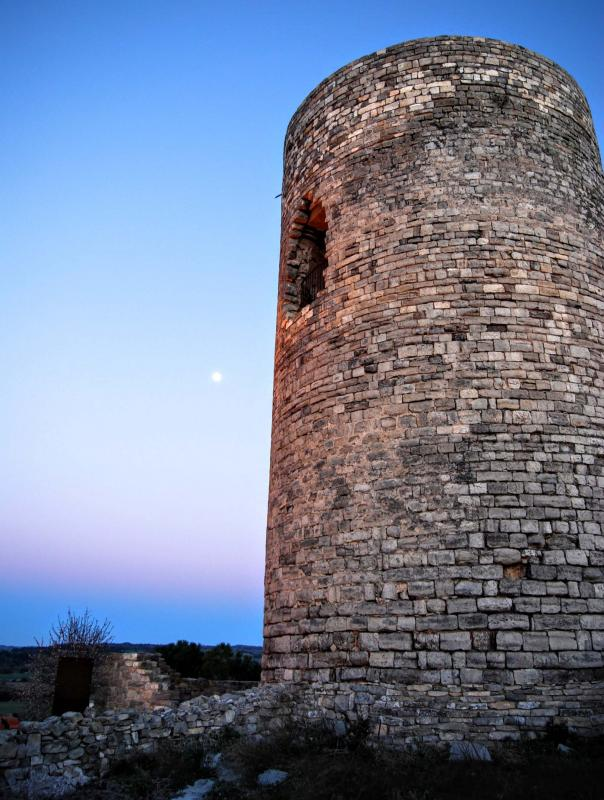 Tower of Ametlla de Segarra - Author Ramon Sunyer (2016)