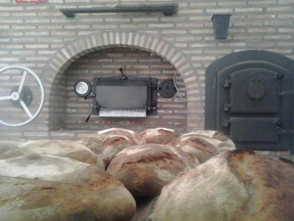 l'elaboració de pa  és una de les darreres innovacions -