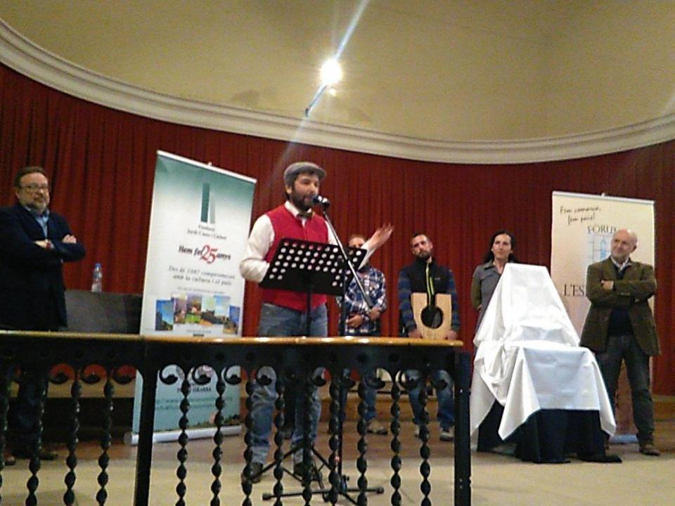 22.03.2016 La cooperativa La Garbiana recull el cinquè Premi Sikarra  Cervera -  Jaume Moya