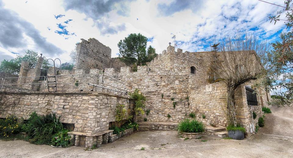 10.04.2016 castell de la Manresana  Sant Ramon -  Ramon Sunyer